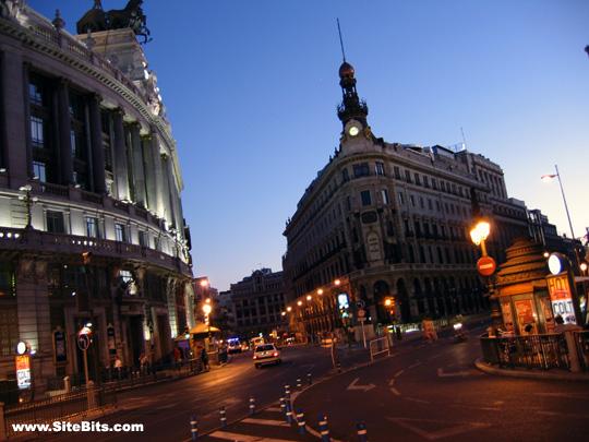 Calle de Alcalá @ Calle de Sevilla