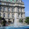 Fountain next to Hôtel de Ville(thumb)